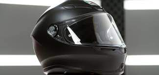 Tips For Buying A Motorcycle Helmet For Safe Riding
